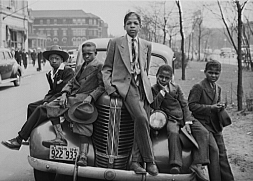 Negro boys on Easter morning. Southside, Chicago, Illinois, photo by Russell Lee, 1941.
