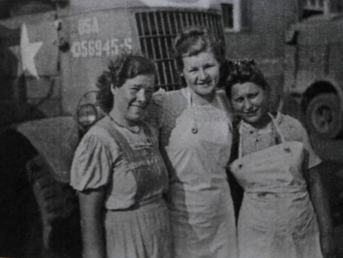 Russian girls who work in the kitchen of the 929th, by J. A. Horne
