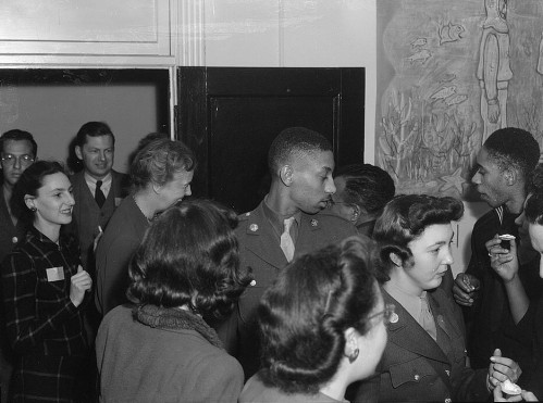 Eleanor Roosevelt arriving at opening of CIO Canteen, by Joseph A. Horne, 1944