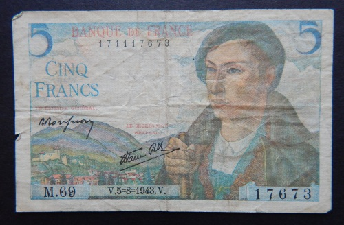 france: 1940s bank note, front image of Pyrenean shepherd