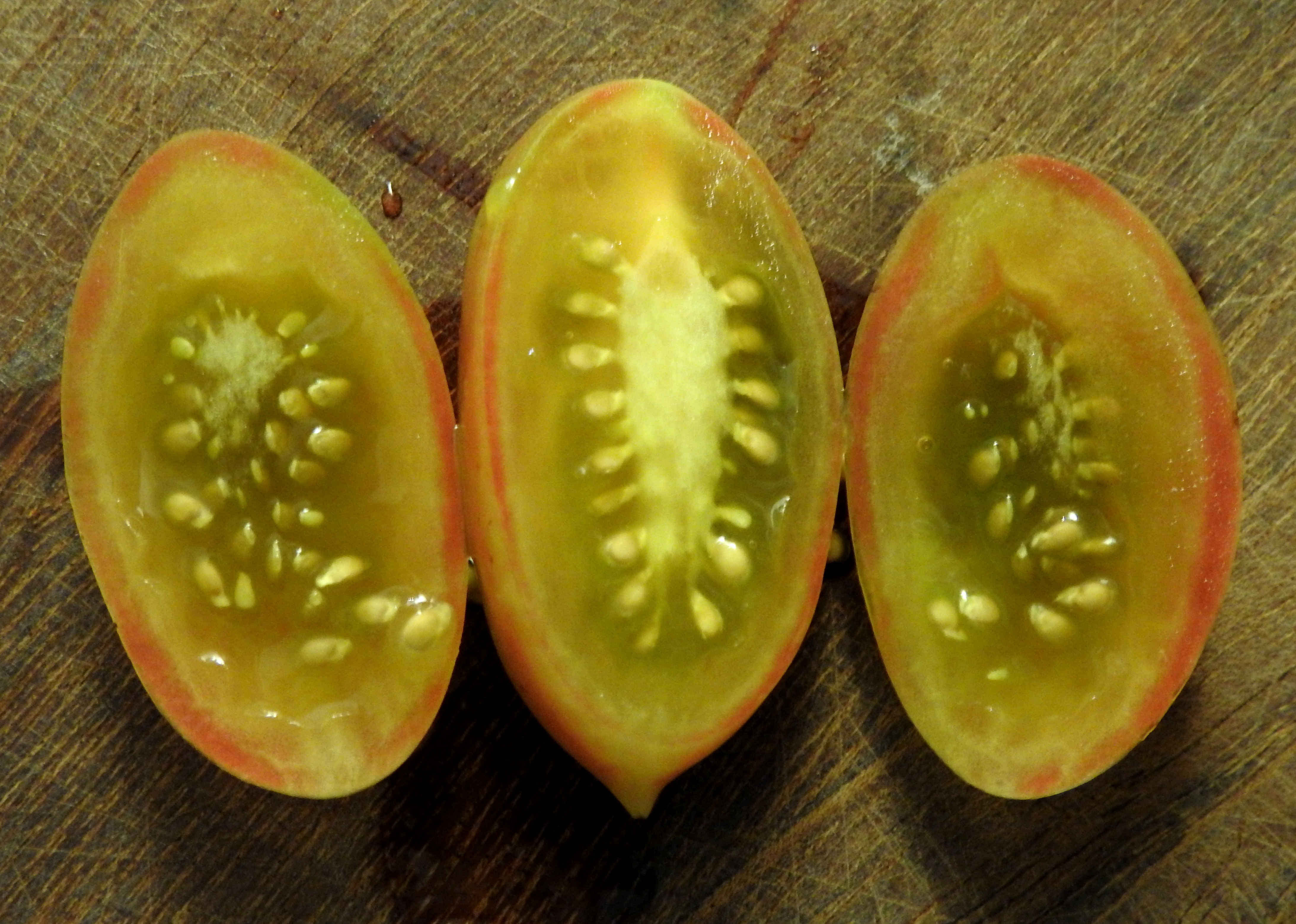 tomatoestoo