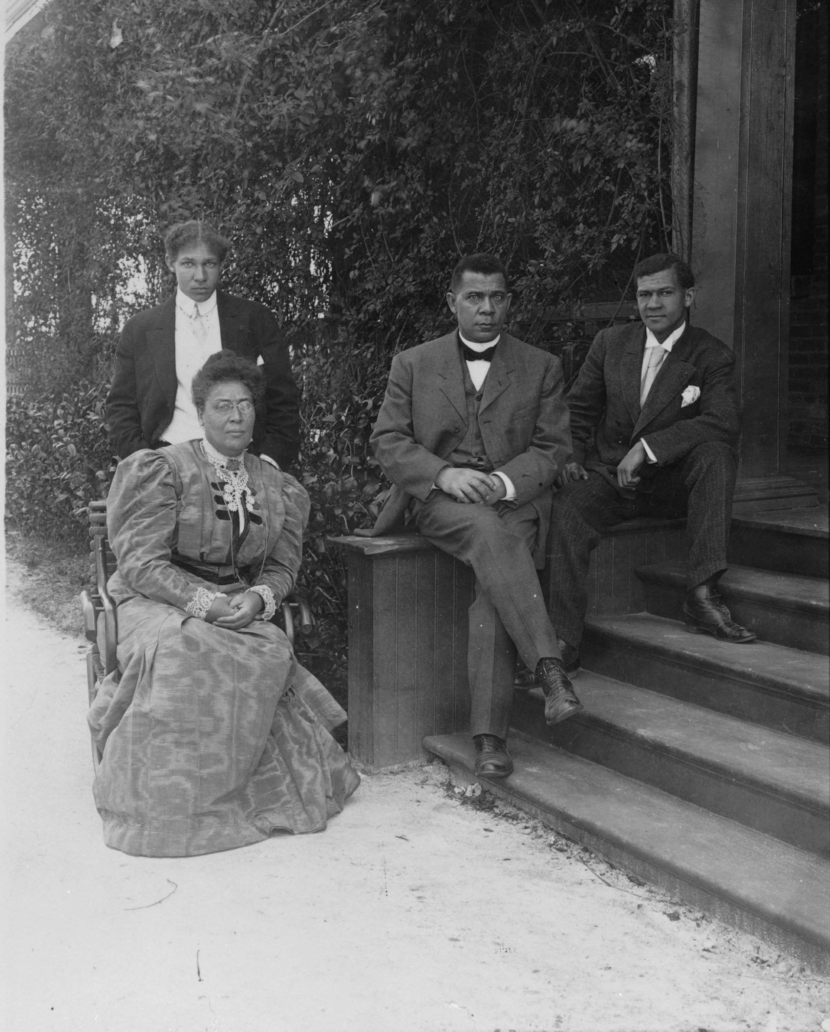 Booker_T._Washington and Family