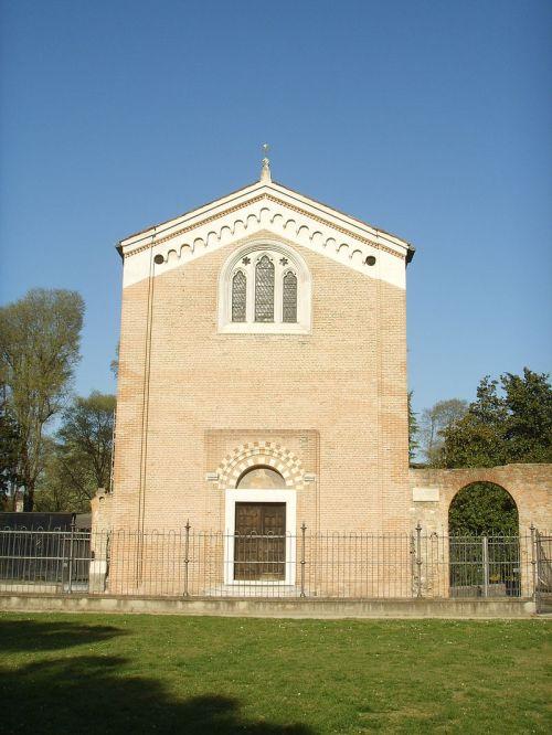 Padova,_cappella_degli_scrovegni,_esterno